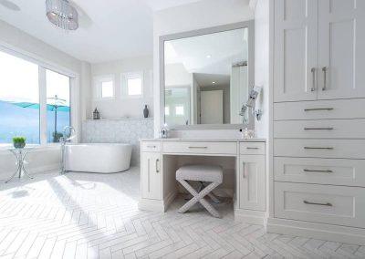 Arden bathroom white